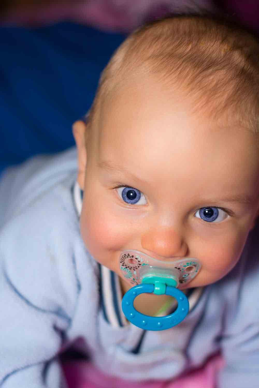 Quando togliere il ciuccio al bambino? - Studio dentistico Nappo-Salzano